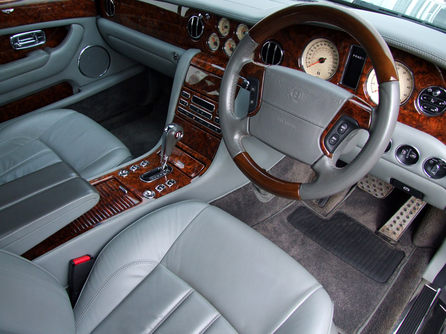 2005 Model Bentley Arnage R